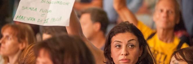 Il Ministro Giannini contestata alla Festa dell'Unità di Milano