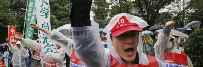 Il Giappone scende in piazza contro il riarmo 1