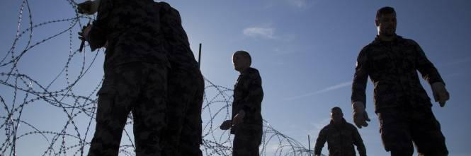 La Slovenia alza il muro 1
