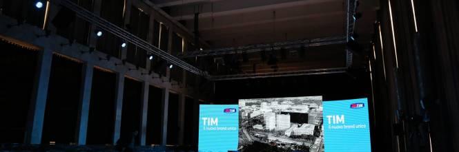La presentazione del logo Tim 1