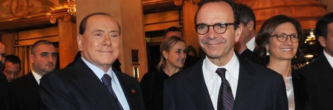 Berlusconi perde l'autobus aspettando i moderati