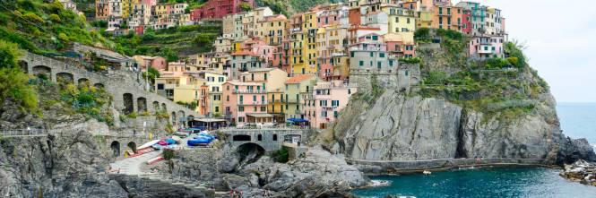 Dopo Venezia, la tassa di sbarco arriva anche alle Cinque ...