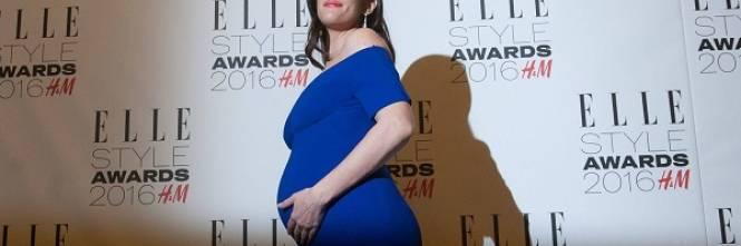 Liv Tyler incinta sul red carpet agli Elle Style Awards: foto  1