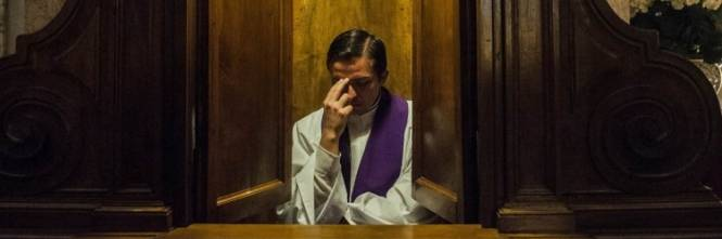 Risultati immagini per microspie in confessionale