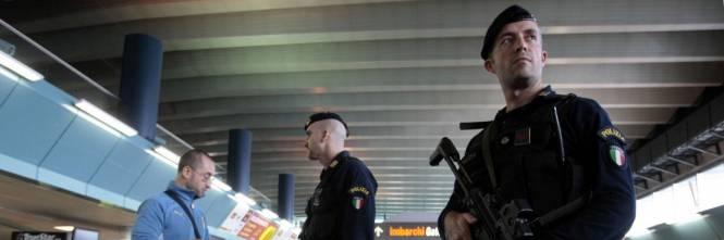 Salerno, arrestato un algerino Gestiva rete documenti falsi