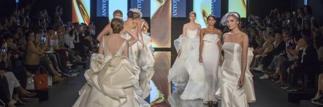 Evento internazionale di grande richiamo per la presenza di 156 aziende (il  41% estere) e ben 200 collezioni dedicate al bridal fashion  abiti da sposa 87224147ab8