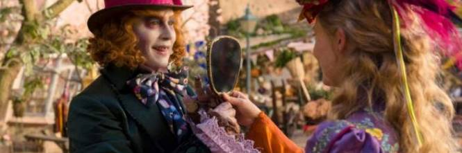 Alice attraverso lo specchio meraviglia senza emozionare - Lo specchio film ...