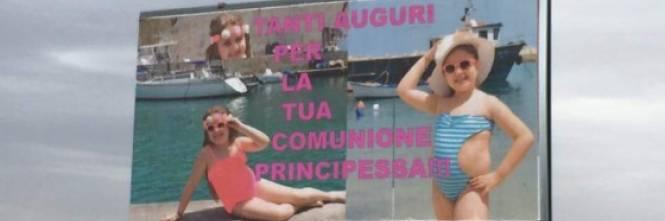 Prima comunione da star il manifesto gigantesco sulla statale - Costumi da bagno prima classe ...