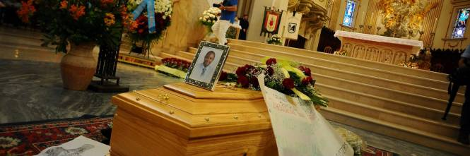 Fermo, i funerali di Emmanuel Chidi Namdi 1