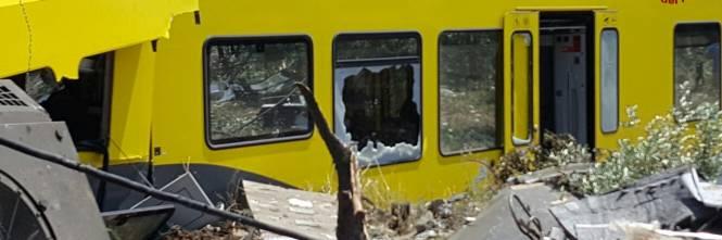 Lo scontro tra due treni in Puglia 1