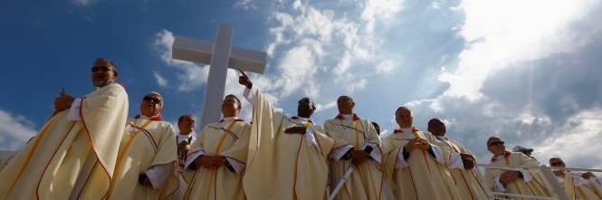 Risultati immagini per religioni  utili al controllo sociale