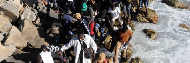 Ventimiglia, scontri tra migranti e polizia 1