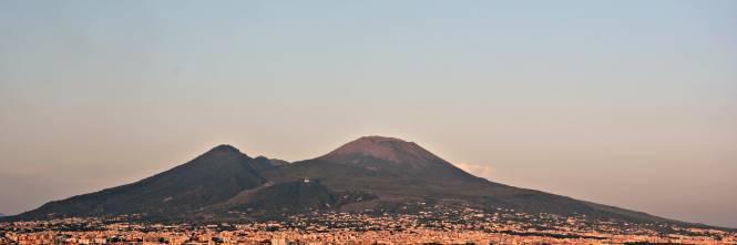 Foggi e i cori sul Vesuvio