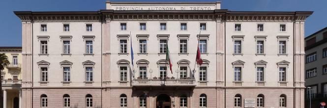 La casta di Trento e Bolzano: 80 euro in più ai dipendenti
