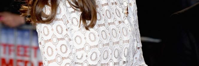Kate Middleton Rivoluziona La Monarchia Inglese Con Il Suo Spacco