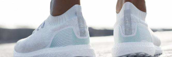 nike scarpe plastica riciclata