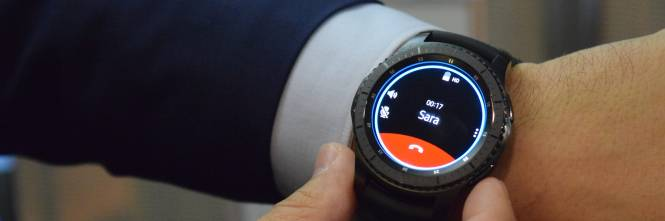 Arriva il gear s3 pi intelligente ma molto orologio for Orologio della samsung