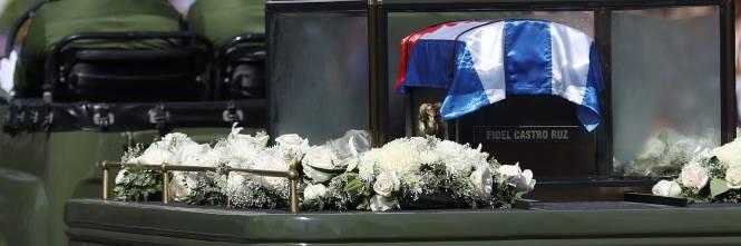 Il corteo funebre di Fidel Castro a Santiago 1