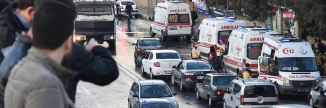 La scena dell'attentato a Izmir 1