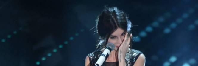 Bianca Atzei si commuove sul palco di Sanremo 9