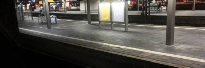 Dusseldorf, attacco con l'ascia in stazione 1