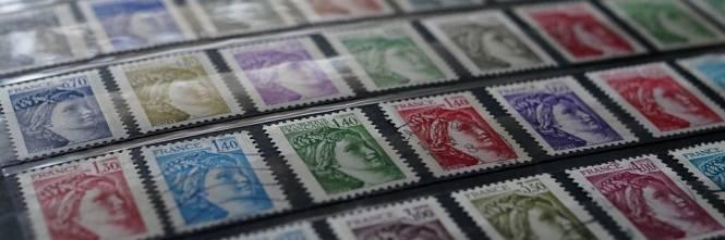 89eb5b4174 Perciò i collezionisti di francobolli, così come le case d'asta, sono  avvisati. Il passaggio da filatelisti a ricettatori è breve.