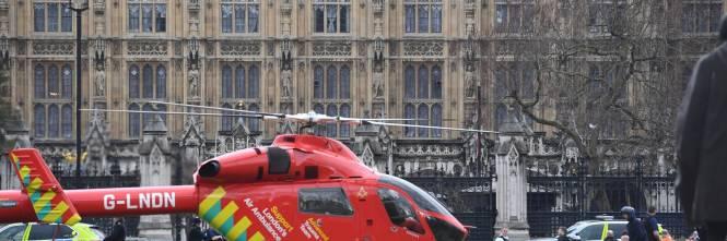 Spari al parlamento a Londra 1