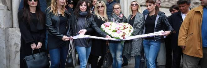 L'ultimo saluto a Gianni Boncompagni: la camera ardente è aperta al pubblico 1