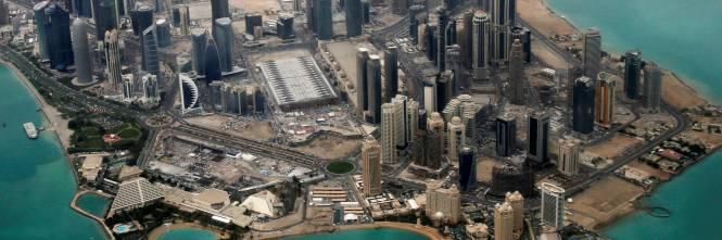 Qatar,passeggia in compagnia di un uomo e l'italiana finisce in cella