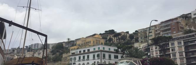 Napoli, il porto e il quartiere Mercato 1