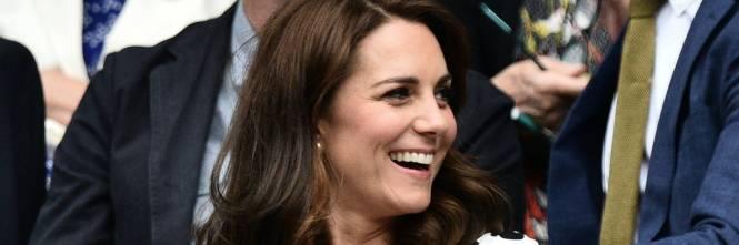 Kate Middleton ed Elisabetta II, stili a confronto 1