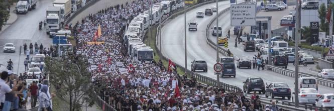 Istanbul, la marcia per la giustizia in Turchia 1