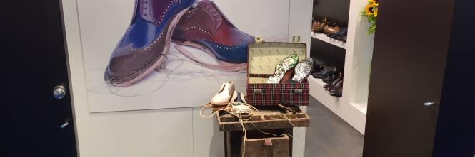 size 40 4ead2 433ce Moda, scarpe italiane in vetrina a Monaco di Baviera ...