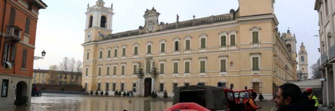Il torrente Parma esce dagli argini 1