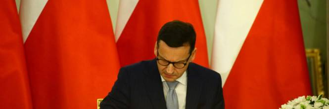 ca5e7703b65 L Ue dà il via all iter per le sanzioni alla Polonia.