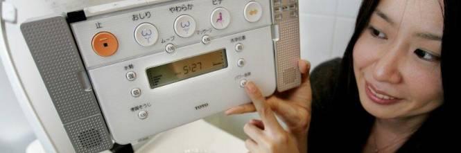 Il Giappone alla guerra dei bagni A Tokyo sostituite 4mila «turche»