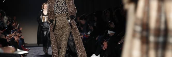 Milano Moda Donna Autunno Inverno 2018 - 2019 5890cf78dbc