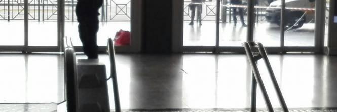 Allarme bomba a Termini per un borsone abbandonato 1