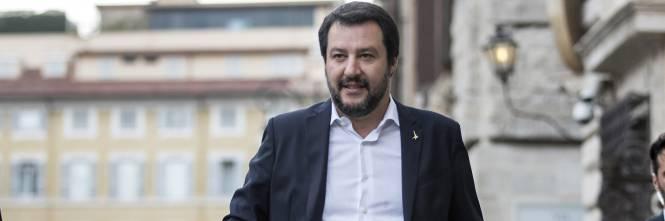 migranti, la svolta di salvini: chiusi tutti i porti italiani