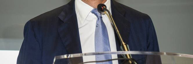 """Virus, Beppe Sala avverte: """"Chiudiamo pure tabacchi"""" - IlGiornale.it"""