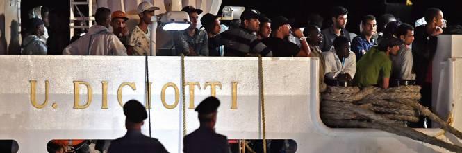 La Terra Degli Sherpa.Diciotti L Ue Rifiuta I Migranti Ma L Italia Non Cede Non Sbarca