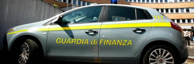 Castelfiorentino, permessi di soggiorno illegali: fermato ...