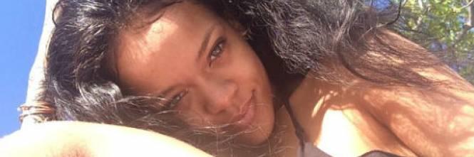 Rihanna, le foto più sexy e sensuali 1