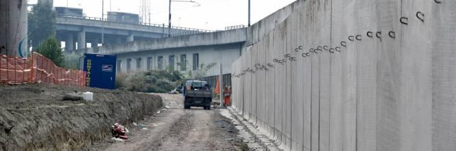 Il muro anti droga a Rogoredo 1