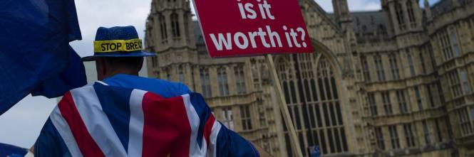 Brexit Londra Scende In Piazza Per Un Secondo Referendum