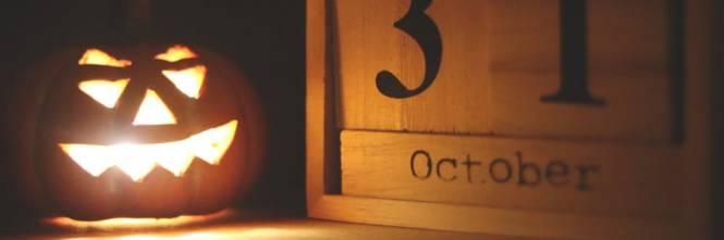 """Halloween è una festa di origine pagana. In scozzese """"All Hallow Eve""""  significa """"vigilia di tutti i Santi"""". Il nome viene dal gaelico antico  """"Samhuinn"""" e ... dc27dda753ee"""