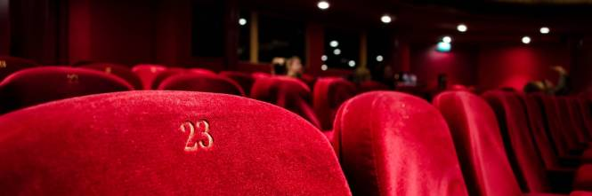 Biglietti carissimi per il cinema di lusso, Twitter protesta