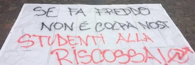 Aule gelide a Napoli: la protesta degli studenti 1