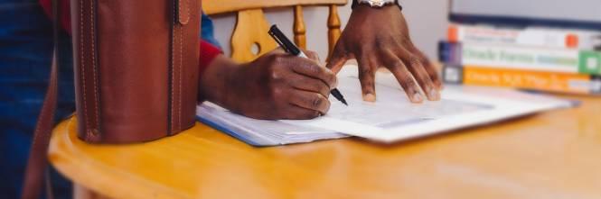 Parma, presi 3 stranieri: documenti falsi per sostenere test ...