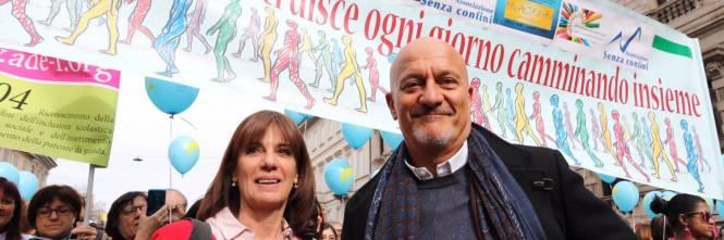 """Milano, le immagini della manifestazione """"People, prima le persone"""" 1"""